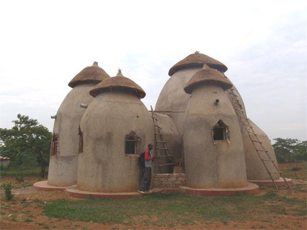 dld-earthbagbuilding.com-uganda28